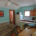 Cucina, salotto e bagno
