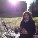 Telma in front of the castle