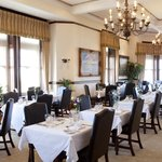 Irina's Restaurant, Camelot Castle Hotel
