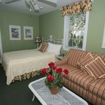 Queen Bed/Sleeper Sofa Bed