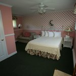 Deluxe Room Queen Bed