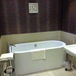 Free standing bath.