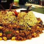 Chili con carne e riso pilaf ( alla cannella)