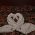 Swan towels and chocolates