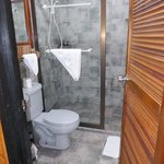 窓なし部屋バスルーム