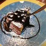 Torta di pere e cioccolato caldo