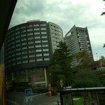 Вид на отель из автобуса