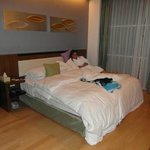 3 Bed Apt,main Bedroom 'Super' comfy double bed
