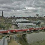 Stadtblick und Eisenbahnbrücke