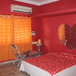 Red color theme room