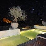 piscina à noite