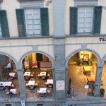 Vista para a piazza signorelli