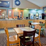 Photo de AmericInn Lodge & Suites Coon Rapids