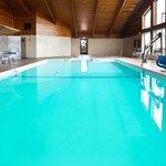 Americ Inn Daytime Pool