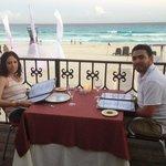 Comida en el Pelicanos junto a la Playa