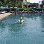 The Sukhothai Bangkok Hotel beautiful pool and outside bar area