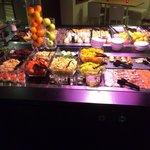 Buffet chaud au restaurant