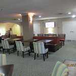 Plenty of eating room - good for Socializing too
