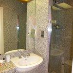 Spotless shower