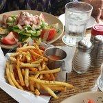 /Frites and Shrimp Louie