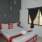 Room 5 (deluxe room)