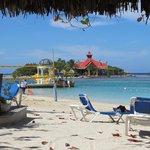 Main beach and Sandals Cay - Royal Thai Restaurant