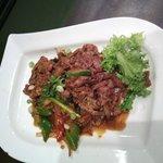 Jeyuk-bokkeum (spicey stir-fried pork)