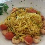 Tagliolini gamberetti e zucchine