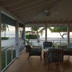 Zimmeraussicht (direkt aufs Meer)/ Terrasse