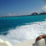 Yacht ride to Isla-Bye Cancun!