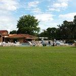 Vista de complejo de piscinas y servicios relacionados