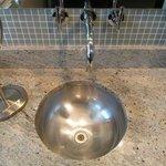 Bath zinc
