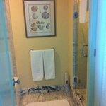Bathroom Suite 8053