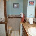 BL9 bathroom