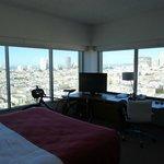 Holiday Inn Golden Gate San Francisco 23d Floor Corner Bay View, circular view on the Bay