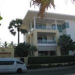 Top Floor apartment-Room 720 Moevenpick Resort-Karon
