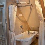 badkuip op pootjes in de loft