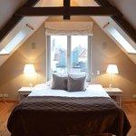 romantisch bed in de loft