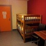 2-Bett-Zimmer ohne Dusche/Toilette