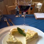 Quiche with potatoes, leek and artichokes in Fontina cheese sauce
