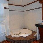 bain jacuzzi chambre duplex
