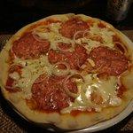 Pizza au Salami gorgonzola