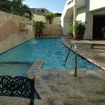 pool gets lots of sun