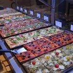 Une selection de nos pizzas fabriquées sur place !