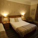 Coledale Inn - Twin/Family Double Room