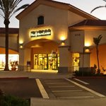 Camarillo Premium Outlet shopping till night fall. One thing good about this place is the mild C