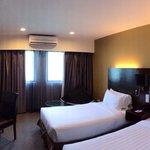Room 565