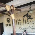 Cafe las flores inside