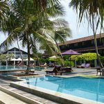 Avani Bentota Pool/Rooms/Restaurant