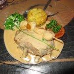 Pavé de veau avec garniture de légumes